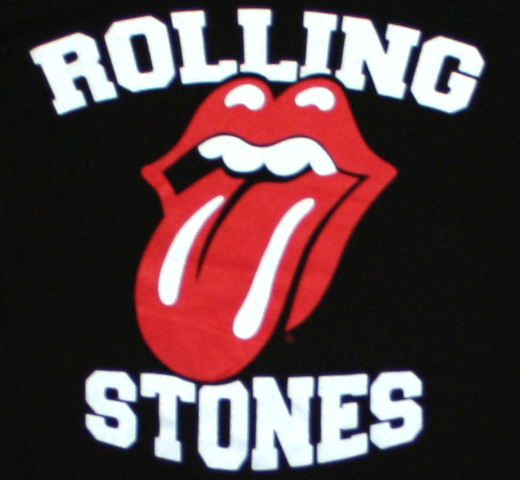 The Rolling Stones / Tongue V-Neck Soccer Tee (Black/White)
